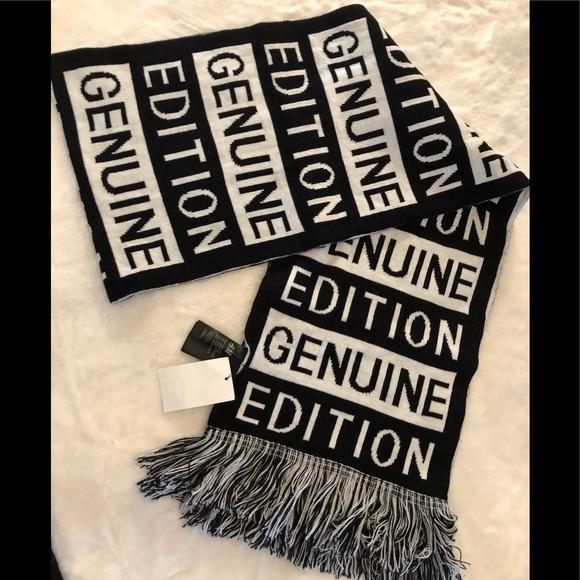 NWT Black white logo winter scarf